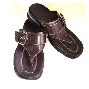 Cole Haan | Nike Air Brown Thong Sandals 5.5B